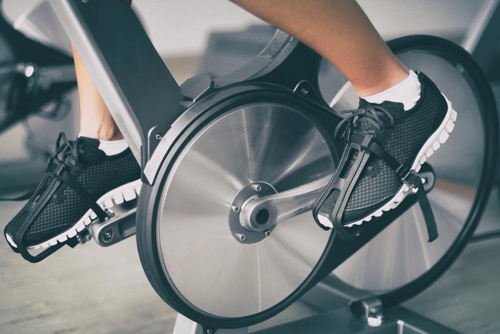 Vélo spinning se débarrasser des calories superflues